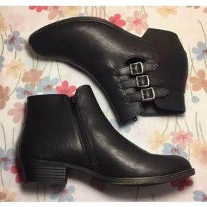 Rampage black booties zipper buckle Chelsea boot